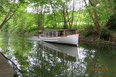 Vores båd ankommer